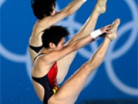 Experience the Energy of Women Athletes Naturally